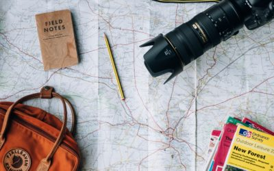 WHAT TO TAKE WITH YOU ON A TRIP ?